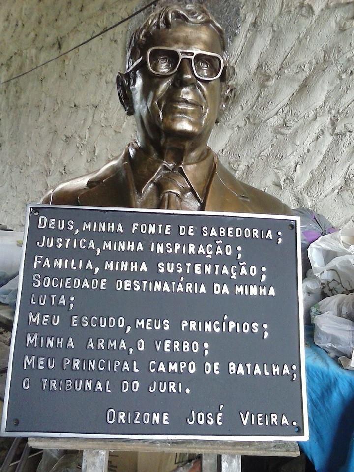 Busto de bronze Dr. Orizone 1