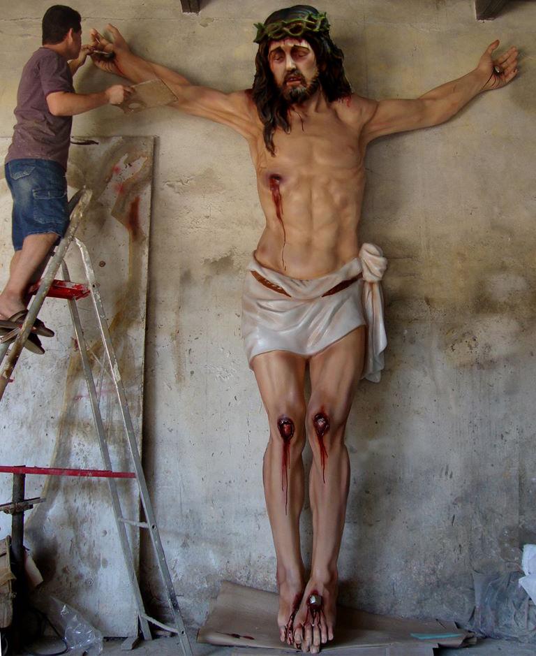 ESCULTURA E IMAGEM SACRA DE JESUS CRISTO CRUCIFICADO EM FIBRA DE VIDRO